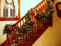 Christmas staircase, lush greenery, fruit  | ... Just Another Southern Girl: Thursday's Top Ten: Christmas Decoration