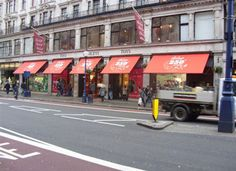 Hamleys, the famous London toy store, had their external awnings re-branded in great celebratory style by Deans Blinds and Awnings.