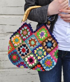 Granny Square Purse. I'm-a take your granny's style.