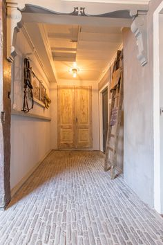 Doors And Floors, Interior Styling, Interior Design, Brick Flooring, Bathroom Design Luxury, Industrial Living, Classic House, Interior And Exterior, Architecture Design