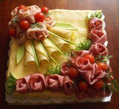 Arrangieren Sie kalte Teller – Food Carving Ideas - My CMS Meat Appetizers, Thanksgiving Appetizers, Appetizers For Party, Appetizer Recipes, Meat Trays, Food Platters, Cheese Platters, Food Carving, Party Trays