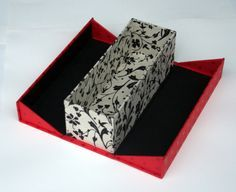 Try it: modified clamshell box (open)