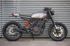 KTM Duke 390 by Bendita Macchina