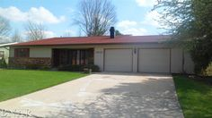 For sale $159,900. 1619 Erin Dr, Normal, IL 61761