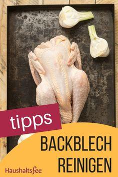 Backblech reinigen ganz einfach. Tipps zu Hausmitteln, wenn das Backblech verkrustet oder eingebrannt ist.
