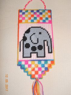 Elephant wall hanging in Plastic canvas