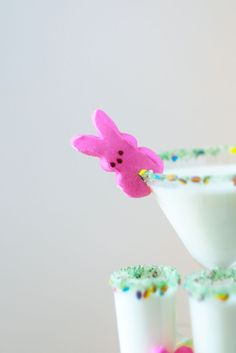 Add some playful color to your Easter party with our Easter Candy cocktail rim sugar. Garnish glasses of milk or sparkling grape juice (for the kids and mocktail drinkers) or sweet martinis (for the a
