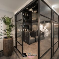 Salon tip! Create a closed washing area, with (ambient) music, to allow your client to relax. A luxury feeling that differs your salon from the competition. #guysarlemijn #guysarlemijndesign #interiordesign #salondesign #kapsalon #hairsalon #nailspa #beautysalon #beautyspa #interiorconcepts