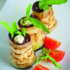 Bekijk hier het fonQy recipe voor Gevulde aubergine rolletjes! Recept & kookgerei vind je op fonQ.nl! Het inspirerende kook-, woon- en cadeauwarenhuis!