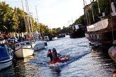 Rafting through the Christianshavns Kanal in (Copenhagen, København, Danmark, Scandinavia, Danish, Denmark, travel, Europe, city, capital, visit, beautiful, cool, awesome)