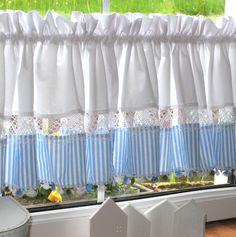 Decor, Rose Curtains, Curtains, Cream Curtains, Room Color Schemes, Country Curtains, Tassel Curtains, House Interior, Diy Tassel Curtains