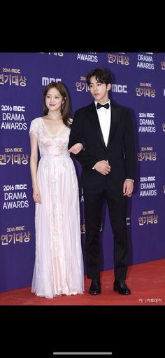 Kim Bok Joo and Jung Joon Hyung! She is so pretty. Korean Actresses, Korean Actors, Korean Dramas, Weightlifting Kim Bok Joo, Korean Celebrities, Celebs, Nam Joo Hyuk Lee Sung Kyung, Grad Dresses, Wedding Dresses