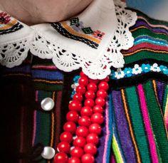 Embroidery from Opoczno, central Poland. Source:... - Polish Folk Costumes / Polskie stroje ludowe