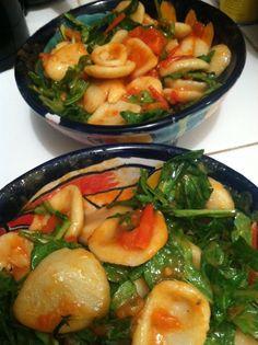 Orecchiette with tomatoes and arugula