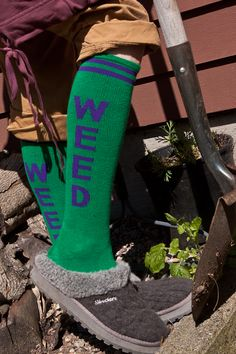 Socks by Sock Dreams » .Socks Special Collections » Rock Socks » Weed Knee Highs