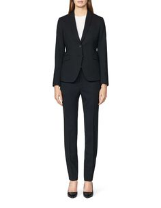 """Women's cigarette trousers in wool stretch. Feature hook and bar closure at front. Two pockets at front, and one paspoil pockets at back. Blind-stitched hem. Regular waist. Full length.  </br></br>For a complete suit look wear it with <a href=""""http://tigerofsweden.com/se/blazers/ruma-blazer-S62758006Z.html"""" style=""""font-weight:bold; text-decoration: underline;"""" target=""""_blank"""">Ruma blazer<&..."""