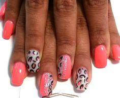 Leopardo decorate a mano