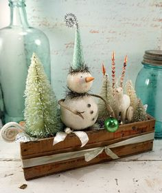 Christmas Decoration // Folk Art Snowman // by CatandFiddlefolk