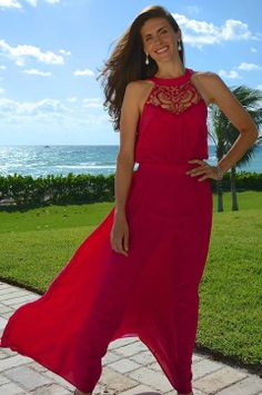 A stunning bright pink silk dress with sweeping floor-length silhouette. The results are timelessly glamorous and sophisticated. Owl Dress - www.LTBrazil.com