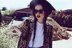 hipster fashion | Peace Love & HIPSTERS (28 photos) » hipster-fashion-18| Violet. E signature lips
