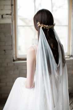 Boho cool meets luxury in the Maria silk draped wedding veil. See more here: https://www.noononthemoon.com/products/maria-silk-draped-wedding-veil