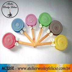 Pirulito Lembrancinha Maternidade - Atelier Wesley Felício  #Eva #Lembrancinha #Personalizados #Maternidade #Colorido #Pirulito