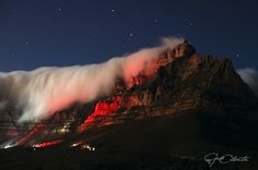 Table Mountain - Cape Town - The finest all year round Nordic Walking Peninsula in the World Table Mountain Cape Town, Nordic Walking, Cityscapes, Holiday Destinations, Photo S, South Africa, Safari, Inspirational, Memories