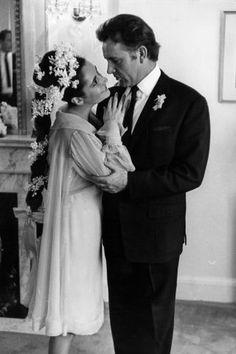 19 vintage celebrity wedding photos that are truly gorgeous: Elizabeth Taylor and Richard Burton