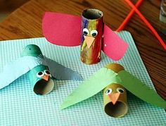 21 Cool Toilet Paper Roll Creations - My Bad Pad Toilet Paper Crafts, Toilet Paper Roll, Crafts To Make, Fun Crafts, Cool Toilets, Cardboard Tubes, Bird Crafts, Bird Feathers, Minion