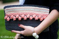 Crochet Clutch, Crochet Gloves, Crochet Handbags, Crochet Purses, Crochet Cactus, Love Crochet, Diy Crochet, Crotchet Bags, Knitted Bags