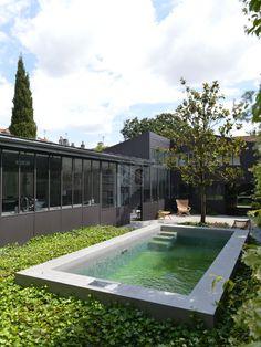 Piscine semi enterr e en b ton pool margelles - Extension maison de ville ...