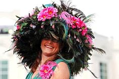 6-crazy-weird-funny-stupid-2012-kentucky-derby-hats-huge-feather-hat