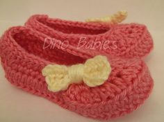 """Valentine's Day """"Sweet Heart"""" Baby/Toddler Crocheted Shoes"""