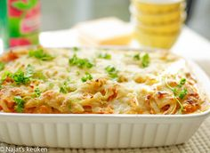 Aardappelschotel met kip | Kookmutsjes Confort Food, Dutch Recipes, Oven Baked, Casserole Dishes, Smoothie Recipes, Mashed Potatoes, Macaroni And Cheese, Main Dishes, Cake Recipes