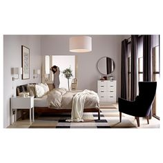 Bedroom ideas ikea image of room ideas for women small rooms ideas. Ikea Small Bedroom, Small Rooms, Japanese Inspired Living Room Ideas, Inspiration Ikea, Bedroom Inspiration, Girls Bedroom Sets, Basement Guest Rooms, White Nightstand, Woman Bedroom