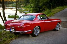 motoriginal: 1963 Volvo Classic and antique cars. Sometimes custom cars but mostly classic/vintage stock vehicles. Volvo P1800s, Volvo Cars, Volvo Coupe, Vintage Cars, Antique Cars, Volvo Amazon, Transportation Design, Oeuvre D'art, Sport Cars