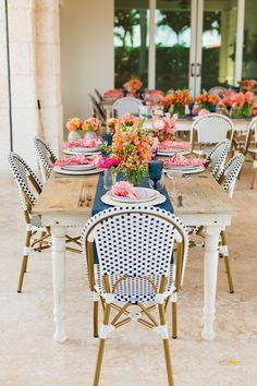 This lighthouse wedding that took place in Jupiter, Florida is a testament to the power of a unique wedding venue on the water, a navy and coral color palette and whimsical decor with pattern play to the max. Cal and Siobhan could not have created a more fun and relaxed atmosphere for their guests, and we can practically feel the salty sea air! Forest Wedding Reception, Tent Reception, Rooftop Wedding, Luxe Wedding, Unique Wedding Venues, Wedding Reception Decorations, Wedding Table, Table Decorations, Coral Colour Palette