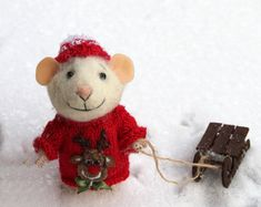 needle felted traveler mouse tourist mouse by HouseOFFeltMouse