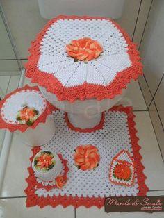 pretty orange and white bathroom set Crochet Decoration, Crochet Home Decor, Crochet Doilies, Knit Crochet, Crochet Hats, Vintage Crochet Patterns, Crochet Accessories, Beautiful Crochet, Crochet Clothes
