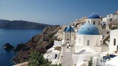 Gorgeous 63 Beautifully Refreshing Perspective On Santorini Greece Architecture https://architecturemagz.com/63-beautifully-refreshing-perspective-on-santorini-greece-architecture/