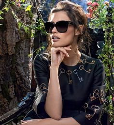 Top 10 Eyewear Trends in 2015 ... dolce-gabbana-adv-sunglasses-campaign-winter-2015-women-082 └▶ └▶ http://www.topteny.com/top-10-eyewear-trends-in-2015/