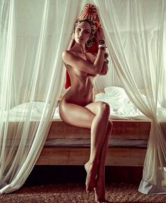 Umm Candice Swanepoel's body... Dear lord