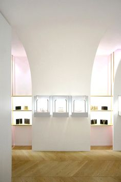 Gallery of Nuun Jewels Store / Brunoir & Java Architecture - 5
