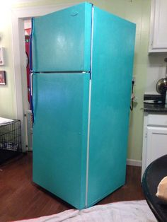 I am so excited to post this DIY project! It has been in the works for over a week now, so here goes=) DIY Painted Refrigerator (or, How to make your fridge look darling and retro instead of sad &a… Paint Refrigerator, Painted Fridge, Upcycled Furniture, Painted Furniture, Diy Furniture, Kitchen Furniture, Luxury Furniture, Refinished Furniture, Furniture Websites