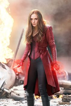 Elizabeth Olsen as Wanda Maximoff/Scarlet Witch in Captain America: The Winter Soldier ; Avengers: Age of Ultron ; Avengers: End Game Marvel Dc Comics, Films Marvel, Marvel Heroes, Marvel Women, Scarlet Witch Marvel, Scarlet Witch Costume, Witch Costumes, Costume Halloween, Happy Halloween