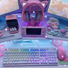 Gamer Setup, Gaming Room Setup, Pc Setup, Computer Setup, Gamer Bedroom, Room Ideas Bedroom, Cute Room Ideas, Cute Room Decor, Kawaii Bedroom