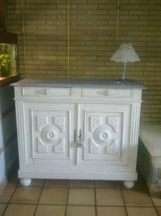 MEUBLE RELOOKE BLANC - DeCOR'in Idées & Conseils Furniture, Home Staging, Cabinet, Deco, Refinishing Furniture, Home Decor, Diy Déco, Storage, Renovations