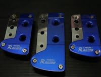 รหัสสินค้า N10  กันลื่นเกียร์กระปุก และ AUTO  ส่องสว่างได้ไกล ใช้ต่อเข้ากับไฟ 12 V ติดได้ทั้งรถจักรยานยนต์และรถยนต์   (ใช้กับไฟ 12 V เท่านั้น)  ปกติ  350.-  ลดเหลือ  280.-