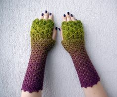 Winter is coming, right? So what better way to prepare than by expressing your inner Drogon? Luckily there is a human craftsperson out there on the internet who is crocheting fingerless dragon-scal…