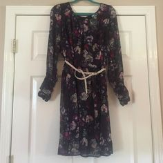 Black Long Sleeve Floral Business Causal Dress I love this dress! Perfect for fall. The button sleeves are such a pretty detail! Acclaimed Dresses Long Sleeve